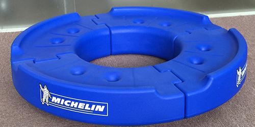 米其林轮胎架;日合道具制作