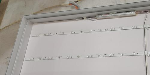 软膜灯箱;日合灯箱制作