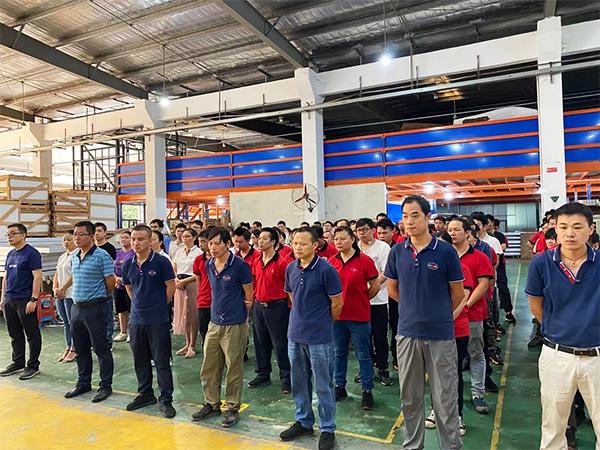 日合组织学习新《安全生产法》提高员工安全意识